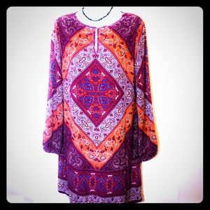 Tops - Chelsea & Violet boho Blouse Size Medium